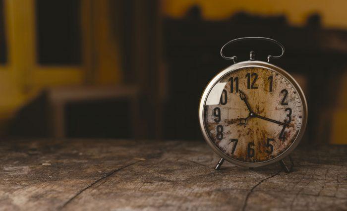 alarm-clock-clock-macro-100733